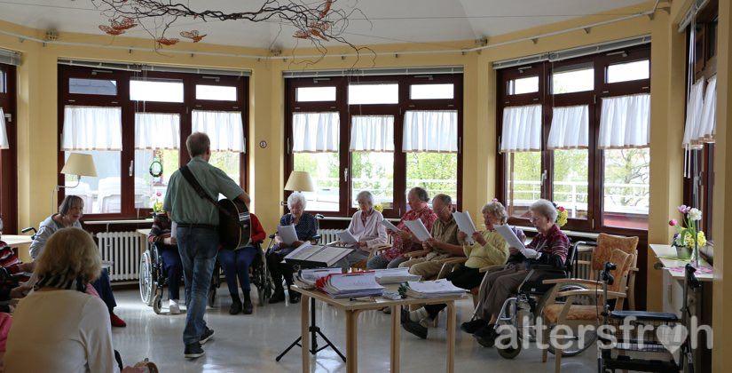 Chor im Barbara von Renthe-Fink Haus in Berlin Charlottenburg-Wilmersdorf
