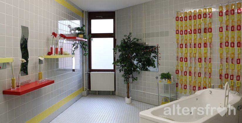 Pflegebad im Barbara von Renthe-Fink Haus in Berlin Charlottenburg-Wilmersdorf
