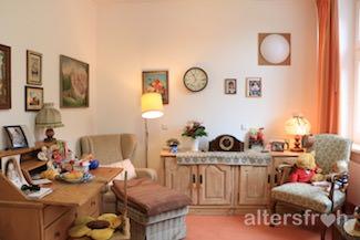 Bewohnerzimmer im Diakonischen Pflegewohnheim Schillerpark