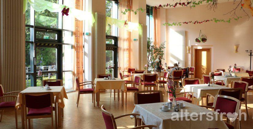 Speisesaal im Haus 32 der Seniorenstiftung Prenzlauer Berg in Berlin