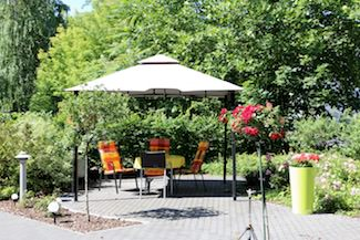 Pavillon im Garten des DSG Pflegewohnstifts City-Quartier in Potsdam