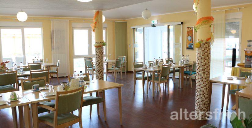 Cafeteria im DSG Pflegewohnstift Hönow bei Berlin