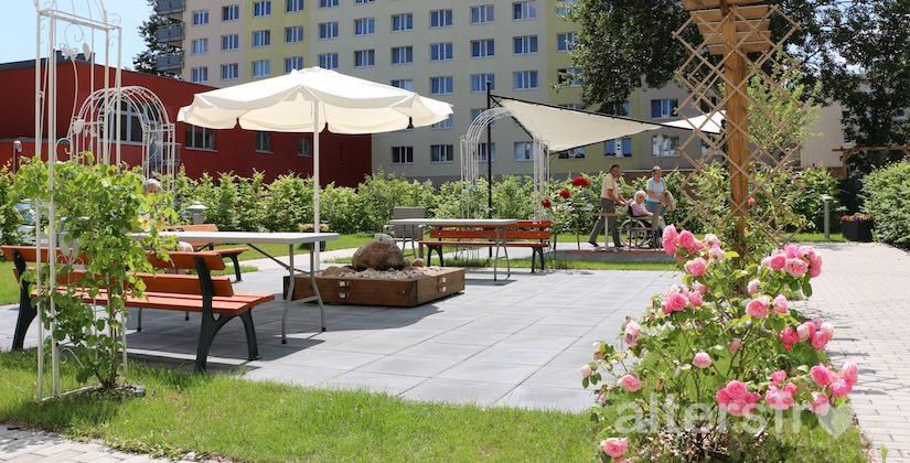 Gartenblick DSG Pflegewohnstift Waldstadt in Potsdam