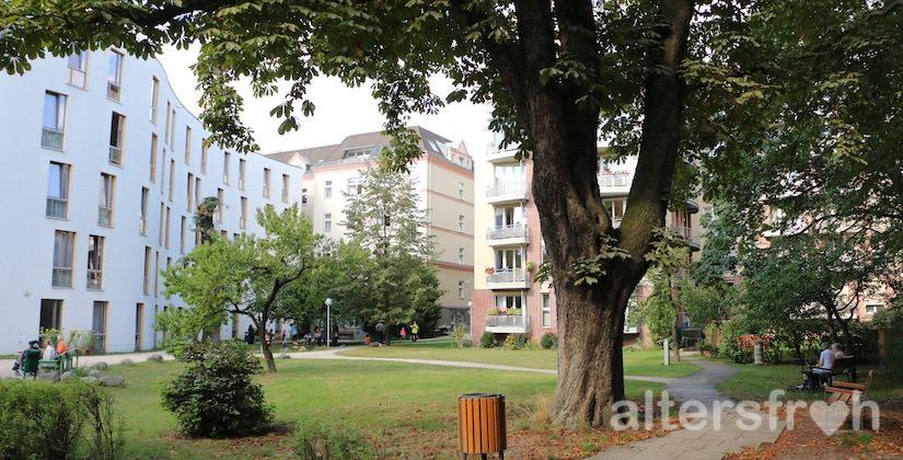 Garten im Diakonischen Pflegewohnheim Schillerpark in Berlin Wedding