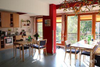 Wohnküche in der Seniorenstiftung Prenzlauer Berg Haus 32 in Berlin