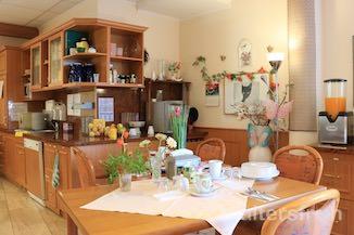 Wohnküche im Seniorenzentrum Haus am Park in Berlin Pankow