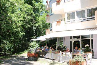 Terrasse, Vitanas Senioren Centrum Am Stadtpark in Berlin