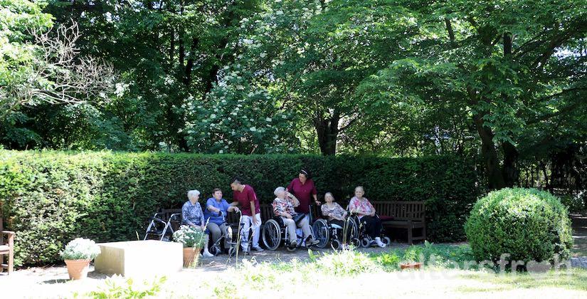 Garten im Pflegewohnheim des Evangelischen Geriatriezentrums Berlin