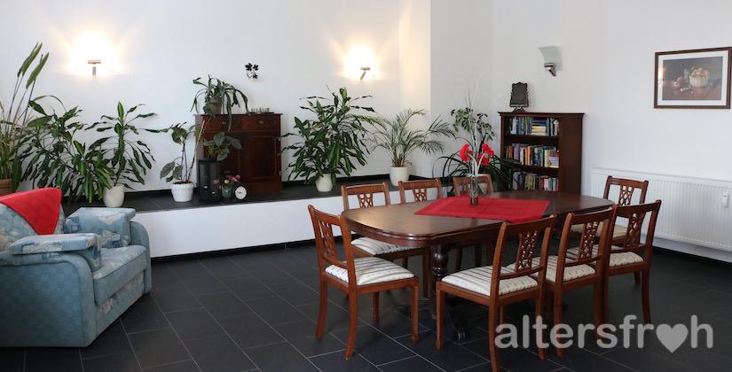 Das Herrenzimmer in der Begegnungsstätte Sonnenblume des Service Wohnens Waldstadt in Potsdam