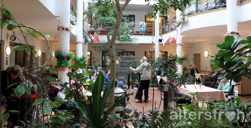 Atrium im Vitanas Senioren Centrum Am Obersee in Berlin Hohenschönhausen